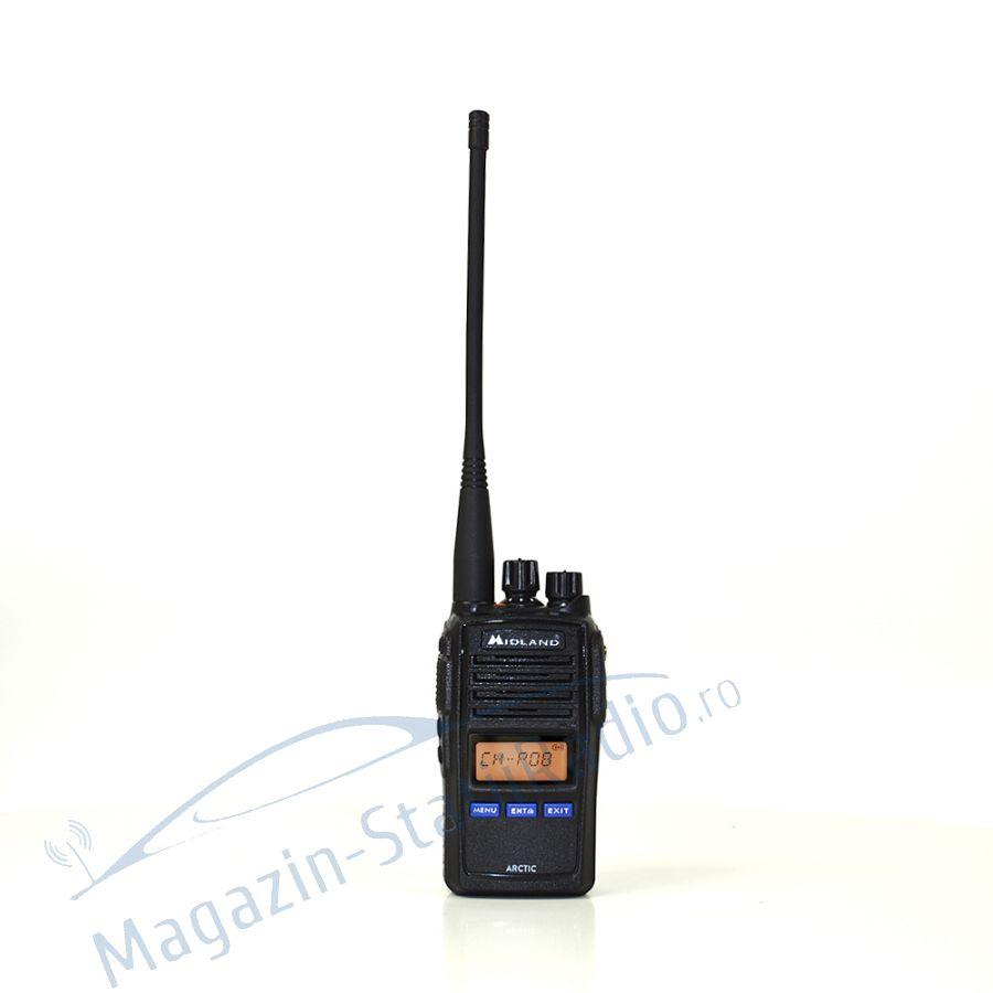 Statie radio maritima portabila Midland ARCTIC cu accesorii incluse